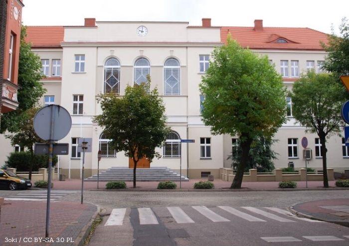 Ostrów Wlkp.: Interna B do remontu